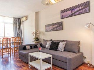 Nice apartment close bussines city center