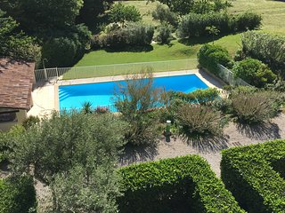 Les Residences, duplex dans residence privee, piscine, new tennis, Wifi, airco