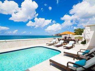 Beautiful beachfront 5 bedroom villa