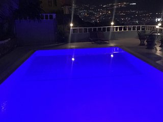PRİVATE LARGE POOL AND ALANYA SEA VİEW F0R SMALL FAMLYS