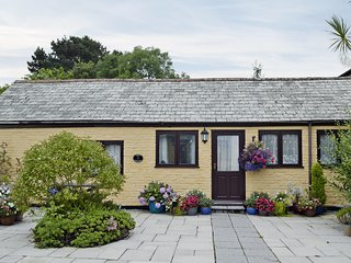 Poppy Cottage - E2039