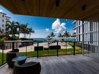 NEW Luxurious Condo/Inlet & Ocean Views/Steps to Ocean/Pool/Walk to Beach #locat