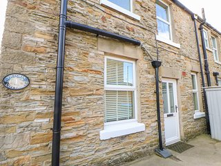 1 VICTORIA COTTAGES, woodburner, parking, near Barnard Castle