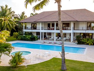 Villa caribena Playa y Golf