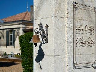 Magnifique Villa Charlotte 280m² à proximité de Bordeaux.Charme