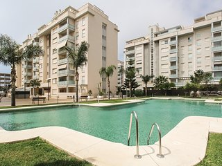 Beautiful apartment in Rincon de la Victoria w/ Outdoor swimming pool, WiFi and