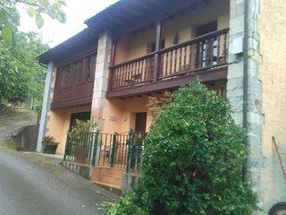 Dos casas adosadas con jardín y terraza privada