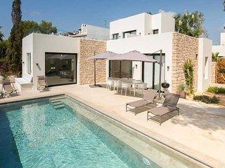 S'Argamasa Villa Sleeps 8 with Pool Air Con and WiFi - 5805545