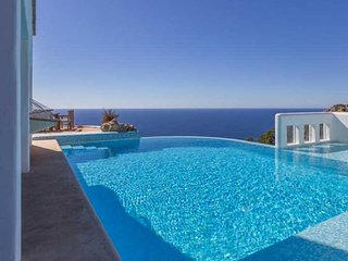 Na Xamena Villa Sleeps 10 with Pool Air Con and WiFi - 5805561