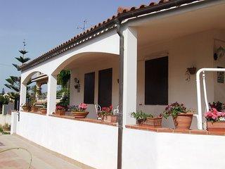 Zuppi House, Lido di Noto. Splendida Villa vicino alla spiaggia dorata
