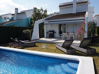 Modern Villa nestled in the heart of La Sella golf course