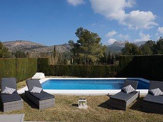 Modern Villa nestled in the heart of La Sella golf course