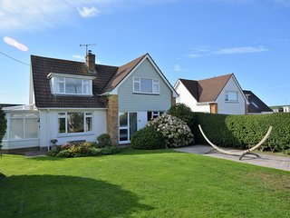 65699 House situated in Croyde
