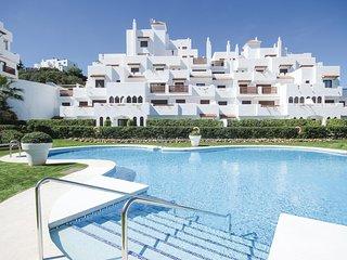 Beautiful apartment in Estepona w/ Outdoor swimming pool, Outdoor swimming pool