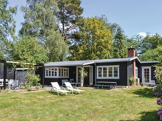 Nice home in Hornbaek w/ WiFi and 3 Bedrooms