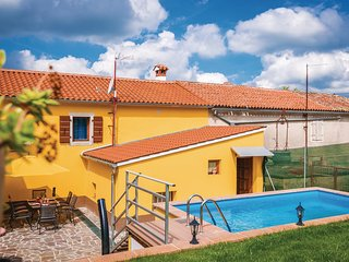 Awesome home in Zminj w/ Outdoor swimming pool, WiFi and Outdoor swimming pool