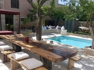 The Manor Villa - Private Pool Oasis in the center of the Old Town Rethymnon