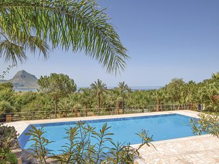 Stunning home in Makari-S. Vito Lo Capo w/ Outdoor swimming pool, Outdoor swimmi