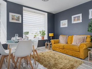 Stylish and Elegant One Bedroom Flat  Aberdeen city centre