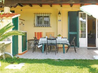 Beautiful home in Ameglia w/ WiFi and 3 Bedrooms