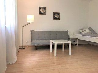 5★ Moderne Zwei-Zimmer-Wohnung✔Kuche✔Bad✔Parken✔Netflix✔WLAN