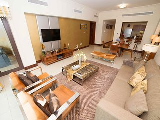 Beautifully decorated spacious 1 bedroom apartment -   The Golden Mile - The Pal
