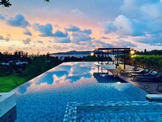 6Av 707 - Convenient Surin beach condo with pool and gym