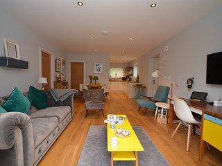 75419 Apartment situated in Brixham