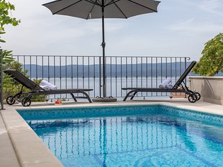 Villa Dattero, delightful house with pool
