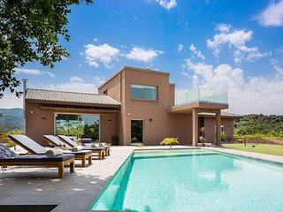 Candoo Brand-New Villa In Alikianos, Chania
