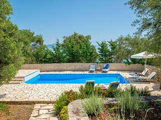 Villa Emmy, Paxos - with private pool & Wi-Fi !!!