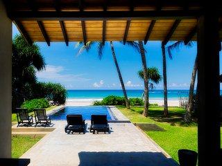 Villananda - Amazing Beachfront Villa With Private Pool