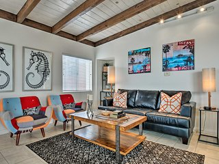 Remodeled Manhattan Beach Townhome, Walk to Ocean!