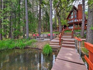 Lake House w/ Pvt. Dock, 30 Mins to Yosemite!