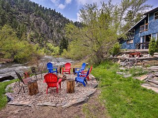 Rapid Creek Waterfront Cabin in Black Hills!