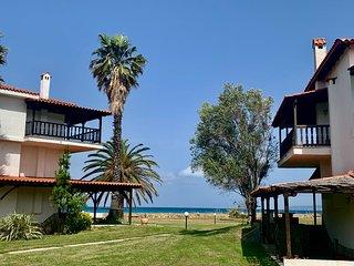 Villa Fourka 2 - house on the beach