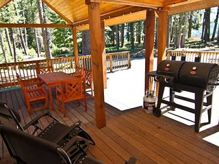 #32 & #33 Hyatt Lake Compound - Sleeps 12