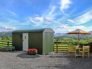 Lake View Shepherds Hut