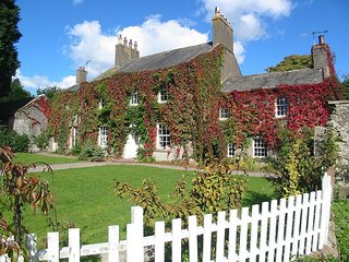 Eskmeals House, secluded large self catering home, Lake District sleeps 21