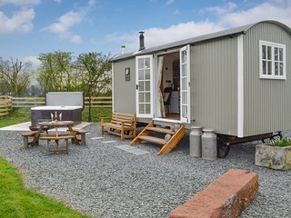 Greengill Farm Shepherds Hut- UKC3632