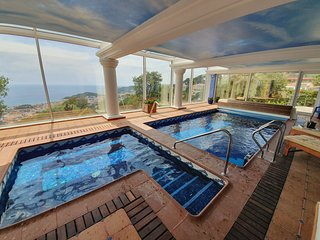 Vila Panorama , amazing seaviews vila with private spa indoor pool