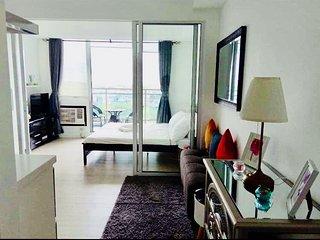 Jerixxz Place, Azure Urban Resort Residences