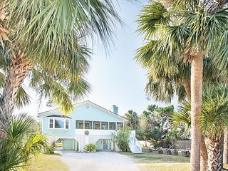 Stay With Lucky Savannah: Private River Retreat on Tybee Island!