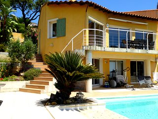 Maison 110 M2 , climatisee, vue mer, piscine , Hyeres, Var, France, 3 ch, 3 sdb