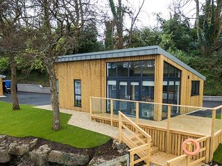 Lakeside Lodges Self Catering Unit 7