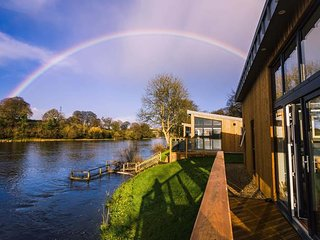 Lakeside Lodges Self Catering Unit 9