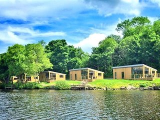 Lakeside Lodges Self Catering Unit 12