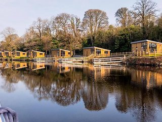 Lakeside Lodges Self Catering Unit 5