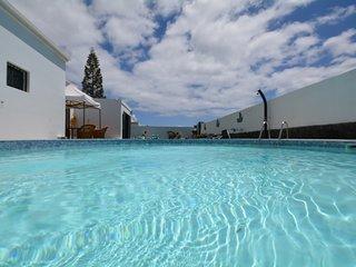 Villa Nirvan con piscina