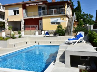 Apartment with pool, Villa Regina
